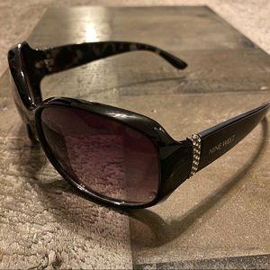 Nine West sun glasses with rhinestone detail